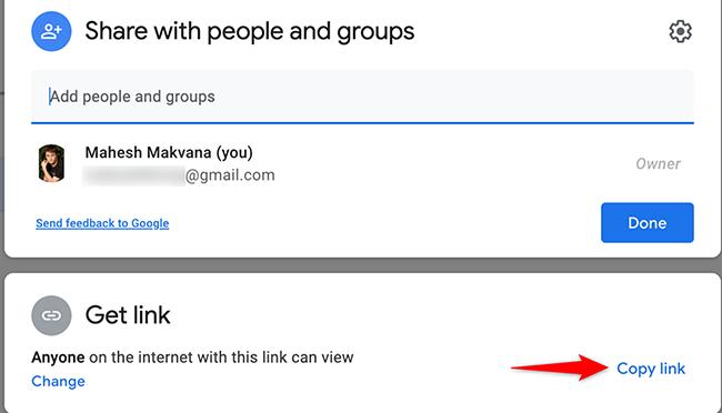 """Selecione """"Copiar link"""" na janela """"Compartilhar com pessoas e grupos"""" no Google Drive."""