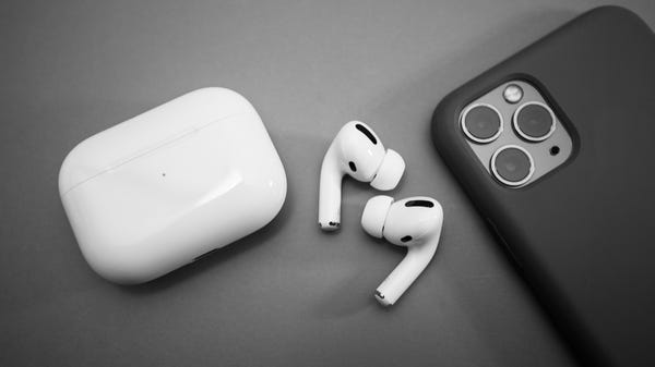 The Best Wireless Earbuds for iPhone and iPad in 2021