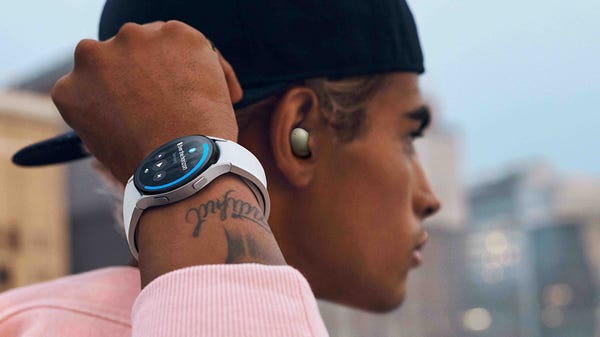Samsung Shows Off New Galaxy Watch 4 and Galaxy Buds 2