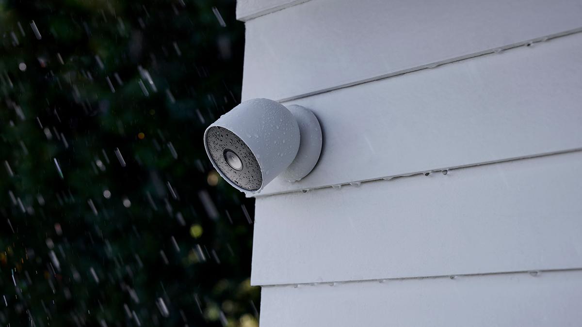 Google Nest Cam (battery) outside mounted