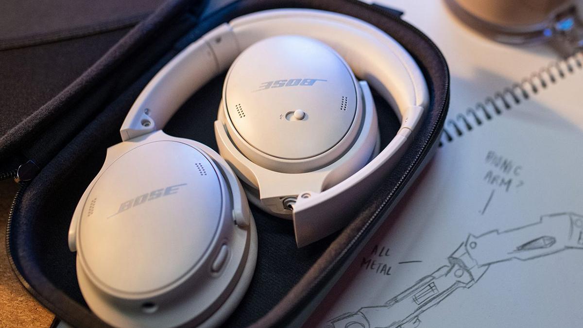 Fones de ouvido Bose QuietComfort 45