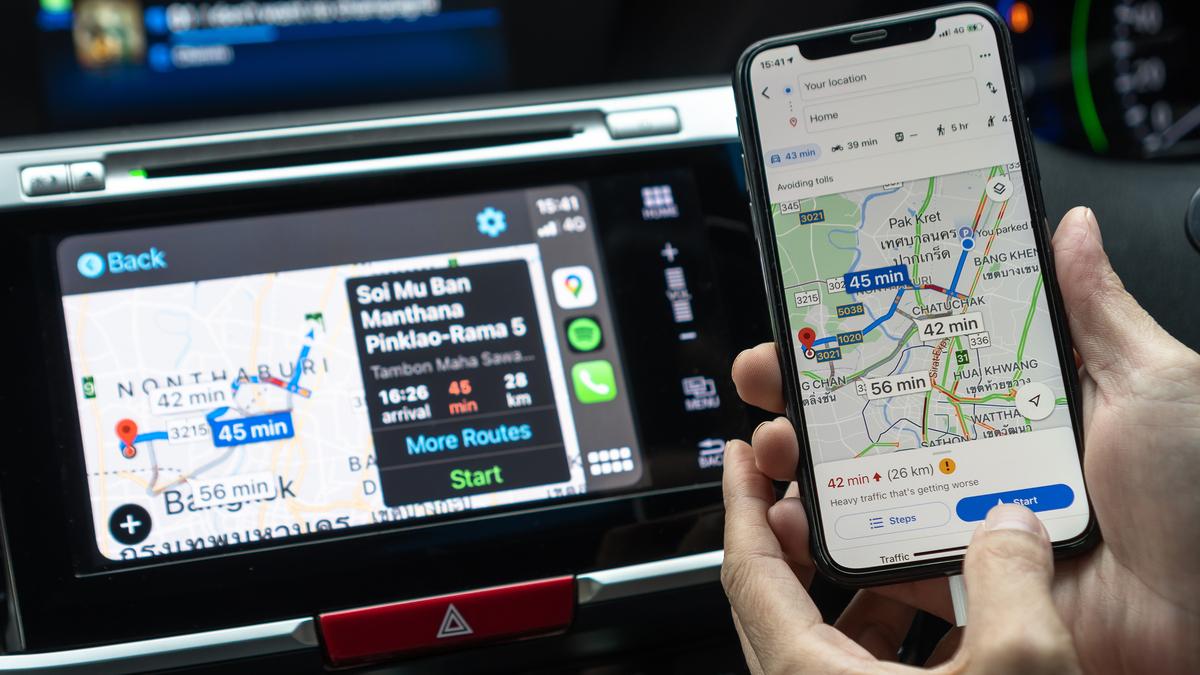 Google Maps on an iPhone and Apple CarPlay.