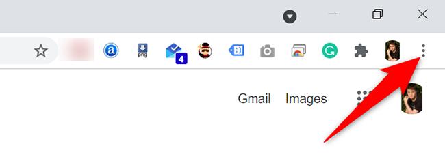 Fai clic sui tre punti nell'angolo in alto a destra di Chrome sul desktop.