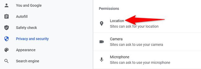 """Fai clic su """"Posizione"""" nella pagina """"Impostazioni sito"""" in Chrome sul desktop."""