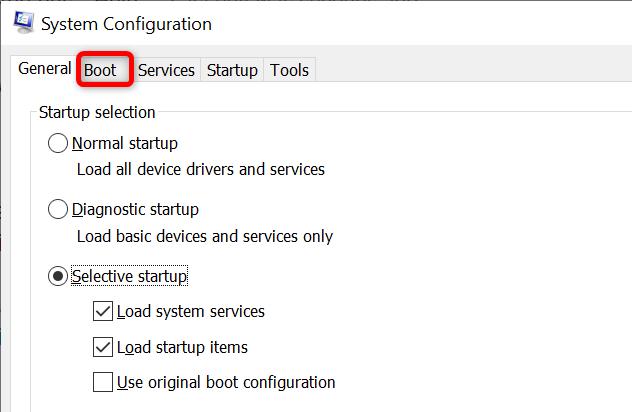 """Fare clic sulla scheda """"Avvio"""" nella finestra """"Configurazione di sistema""""."""