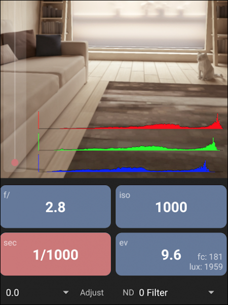 App displays image and settings in large readable boxes.
