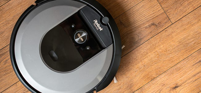 The Best Robot Vacuums for Holiday 2021: Let It Clean for You!