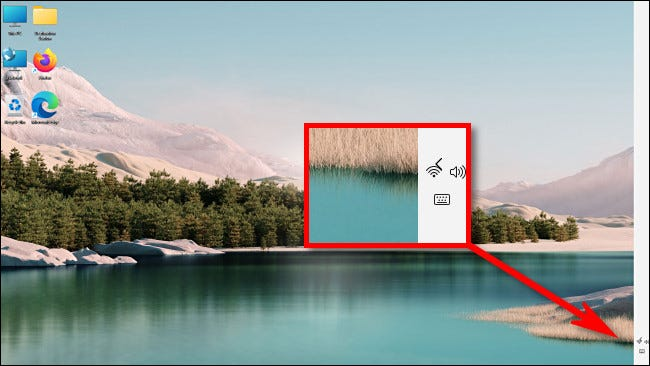 An example of a broken Windows 11 taskbar on the right.