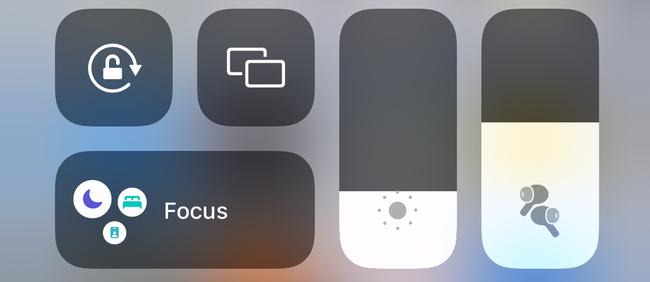 AirPods Pro volume in iOS Control Center