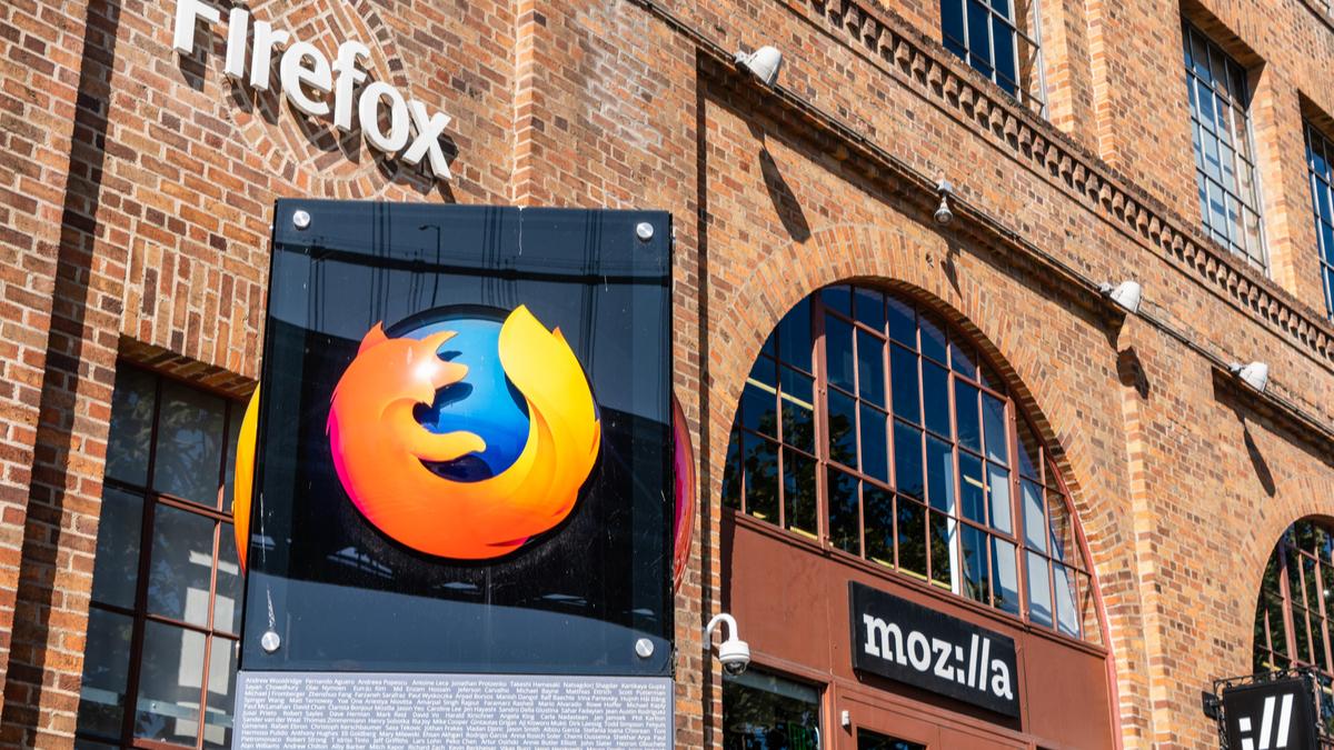 [Update: Mozilla Fixes Its Documentation] Firefox Now Sends Your Address Bar Keystrokes to Mozilla