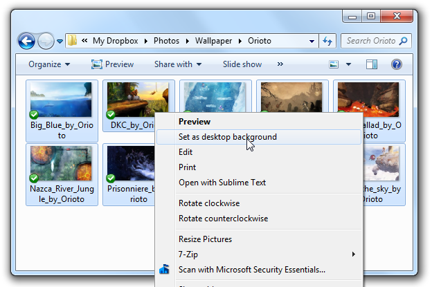 Turn Your Desktop into a Picture Slideshow in Windows 7