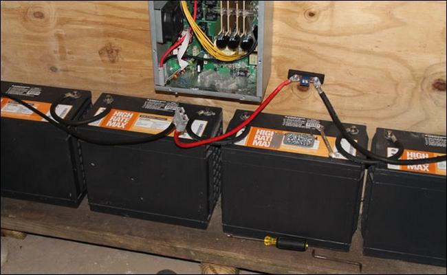FrankenUPS Hack Turns a Server UPS into a Whole House UPS